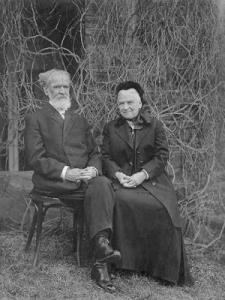 Simpson &  Wife